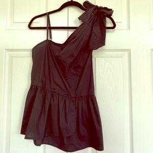 Asymmetrical black top
